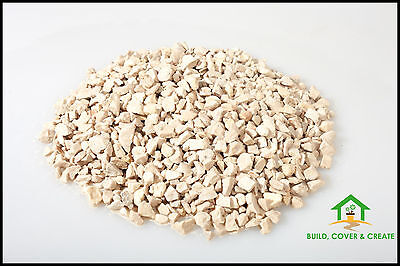 10mm Cotswold Buff Chippings Gravel for Landscaping & Driveways 900kg Bag