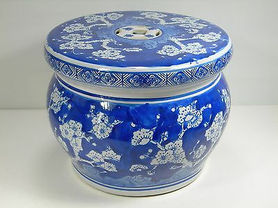 Oriental Blue And White Small Garden Seat Decorative Cracked Ice Asian Garden