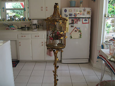 Beautiful French Italian Toleware Gold Gilt Birdcage With Roses