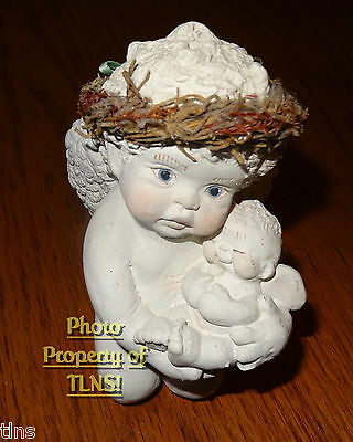 Dreamsicles 1994 Kneeling Angel Holding Baby Cherub ~ Signed ~ TH