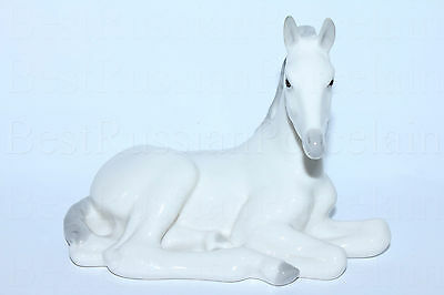Russian Imperial Lomonosov Sculpture White Foal lying Horse Porcelain Russia Lfz