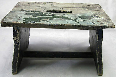 Antique Foot Milking Stool Farm Bench Wood Seat Stand old Painted Primitive