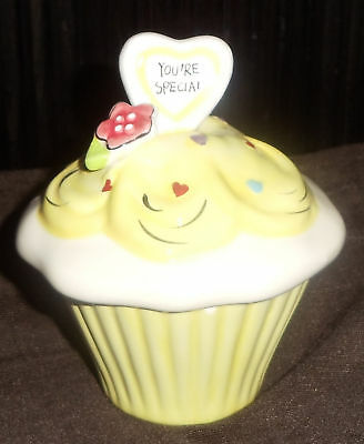 BLUE SKY Clayworks ~ You're Special Cupcake Box - Yellow - New, No Box