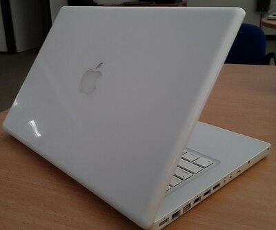 "Apple 13"" MacBook A1181 2.1 GHz Core 2 Duo, 2 GB RAM 120 G"