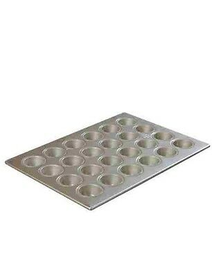 Focus Brand 24 Cup Heavy-Duty Muffin Pan Model 905245 NEW