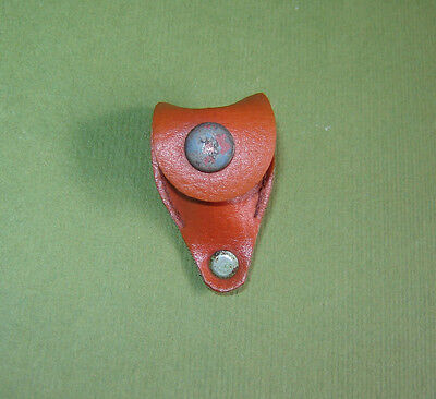 OLD VINTAGE  Sewing Thimble in Original LEATHER CASE Holder ***
