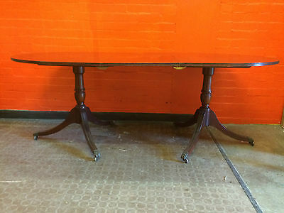 Beautiful Edwardian Style Extendable Dining Table - GS