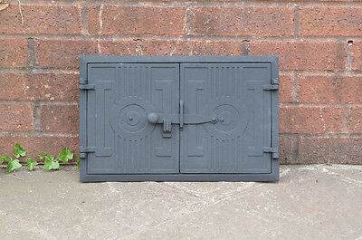 42.5 x 27.5 cm old cast iron fire bread oven door doors flue clay range pizza