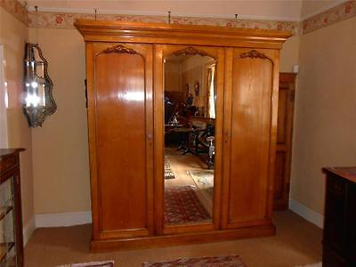 Handsome Large Victorian Golden Honey Oak Triple Wardrobe