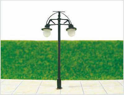 S217 - Set 10 Piece Streetlights nostalgic 2 flame 5cm