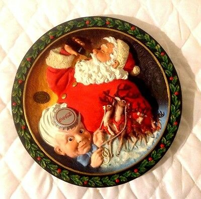 """Coca-Cola Heritage Collection ~ """"travel Refreshed"""" ~ Raised Relief 3D Plate"""