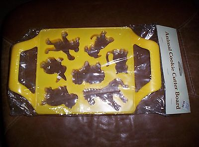 """VINTAGE  ANIMAL COOKIE CUTTER BOARD 8 """" BY 7 1/2 """" SQUARE"""