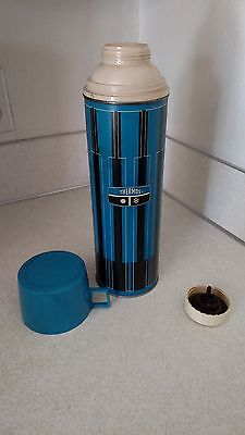 Vintage 1971 Blue & Black King Seely Metal Thermos 16 Oz. With Cup~ Complete!!