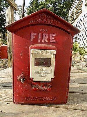 Vintage original Gamewell Fire Alarm call box with key!!!