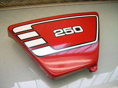 Seitendeckel Links Rot + Dekor Neu Xs 250 New Lh-Side Cover Panel Red + Graphics