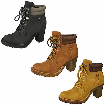 Wholesale Ladies Boots 14 Pairs Sizes 3-8  F50322