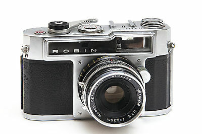 Neoca Robin 35mm camera with case, pristine condition