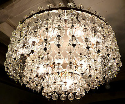 21 LIGHTS MONUMENTAL OPERA CINEMA MODERNIST CHANDELIER BLOWN GLASS 1950s 1960`s