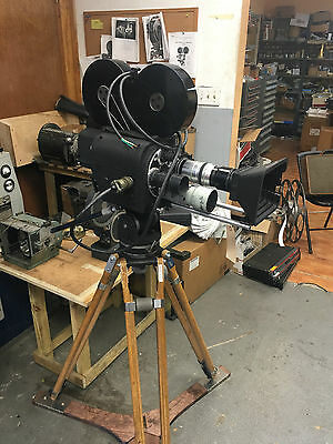 Vintage Classic Wall 35mm Newsreel Cine Camera System Clean! Circa 1940's