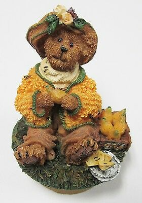"Boyds #651266 Small Candle Topper ""Gretchen...Beary Best Pears"" MINT, New in Box"