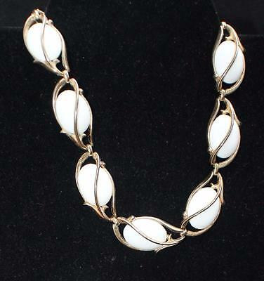 "Vintage Signed TRIFARI Crown Goldtone White Oval Links 16 1/2"" Necklace"
