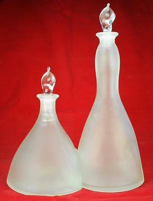 2 Vidrios de Levante Frosted Glass Linked Decanters with Sticker KC43
