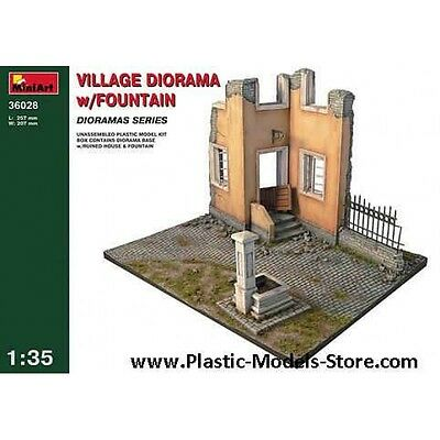 Plastic Model Village Diorama W/fountain 1/35 Miniart 36028