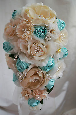 Brooch Bouquet Bridal Wedding Bouquet  Vintage Cream/MInt Green