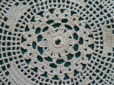 VINTAGE HAND CROCHETED CREAM SMALL ROUND  DOILEY  22 cms