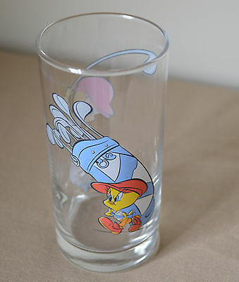IXL Collectables Looney Tunes promotional glass 1997 Tweety bird playing golf