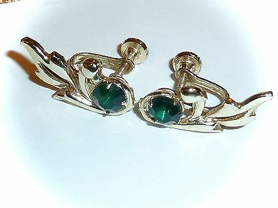 Vintage - Emerald-Green & Goldtone Leaf Screw-On Earrings