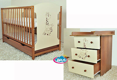 Baby room furniture: Cot with a drawer and chest of drawers collection MIKI