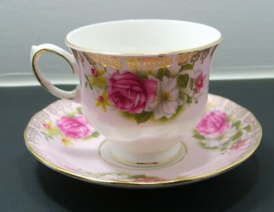 Queen Anne Fine Bone China Cup And Saucer Pattern 8558