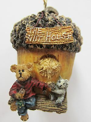 """Boyds #654450-1 * """"Oakley...The Nut House"""" * Resin Mini Ornament * New in Box"""