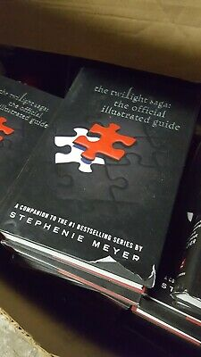 The Twilight Saga : Official Illustrated Guide by Stephenie Meyer NEW Hardcover