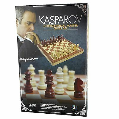 Ventura KASPAROV International Master Wooden CHESS SET 30 cm - Xmas Gift