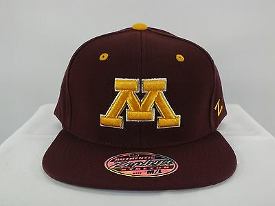 sale retailer c382b bf57d Minnesota Golden Gophers Ncaa Adult Flex Fit M l Flat New Hat Cap By Zephyr