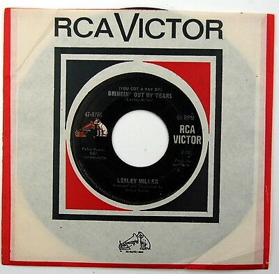 HEAR Lesley Miller 45 Bringing Out My Tears RCA 47-8786 northern soul R&B