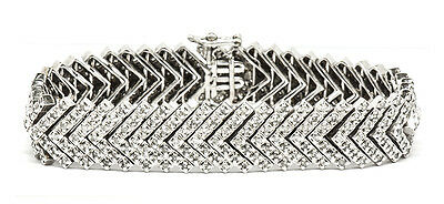 14ct White Gold Diamond Cluster Bracelet 3.36ct TDW