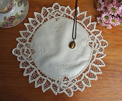 Hand Batten Lace Flower Embroidery Cotton Doily Placemat Topper Round 34CM Beige