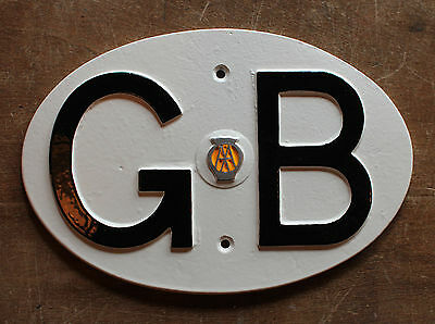 VINTAGE GB 1960s AA AUTOMOBILA TOURING BADGE GREAT BRITAIN CLASSIC CAR - AUTO-05