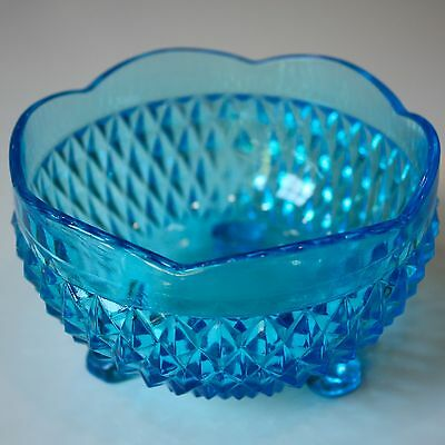 Vintage Indiana Glass Tri Footed  Diamond Point BLUE Rose Bowl Dish NICE+++