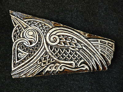 Pair of Celtic knotwork carvings