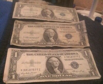 1935 Series D & E 1957 Silver Certificates One Dollar Lot Of 3 No Motto Blue
