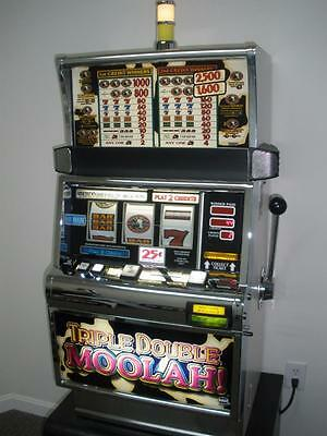 Igt Triple Double Moolah S2000 Slot Machine (Coinless - Ticket Printer)