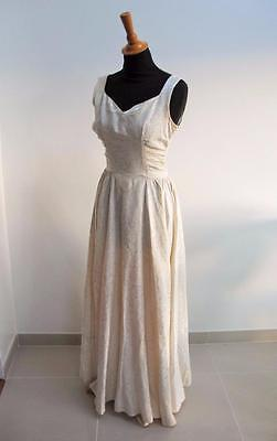 VINTAGE 1940's IVORY FLORAL BROCADE SLEEVLESS WEDDING DRESS GOWN