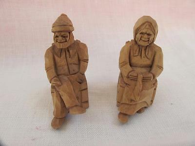 PAIR of VINTAGE 1920's BLACK FOREST CARVED FIGURES - ELDERLY COUPLE