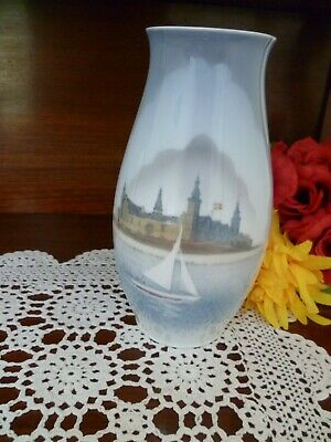 Vintage  Bing & Grondahl / Copenhagen 1302/6247 Castle With Yatch 21.5Cm High