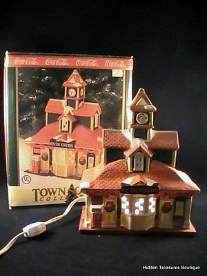 Coca-Cola Town Square Collection- 1997 Porcelain Lighted South Station