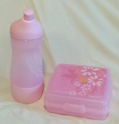 Bnip Tupperware Rare Sandwich Keeper Square & Pink Delight Sports Bottle!!